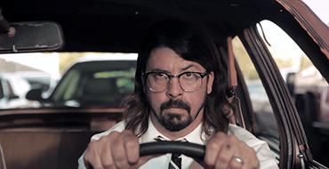Foo Fighters: Walk (Video Clip)