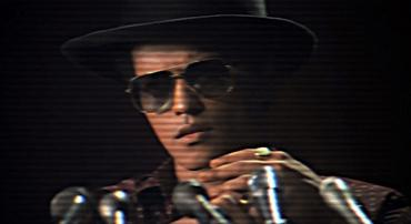 Bruno Mars: Locked Out Of Heaven (Video Clip)