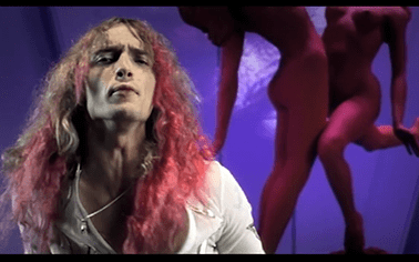 The Darkness: I Believe In A Thing Called Love (Video Clip)